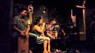 Chiếc ô ngăn đôi- Nam Hương ( Sleepy town cafe)
