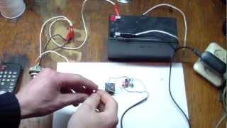 Самодельное дистанционный выключатель света на CD4017(вот схема в видеоролике https://www.youtube.com/watch?v=mn4BKnBfj_o 0:52 фотоприёмник вот http://www.kosmodrom.com.ua/el.php?name=BRM-1020., 2012-04-11T18:29:22.000Z)