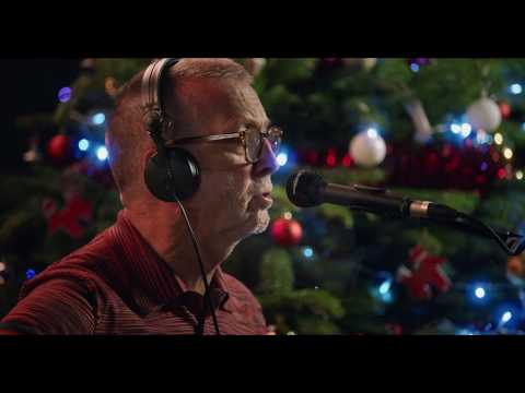 Eric Clapton - White Christmas (Performance Video)
