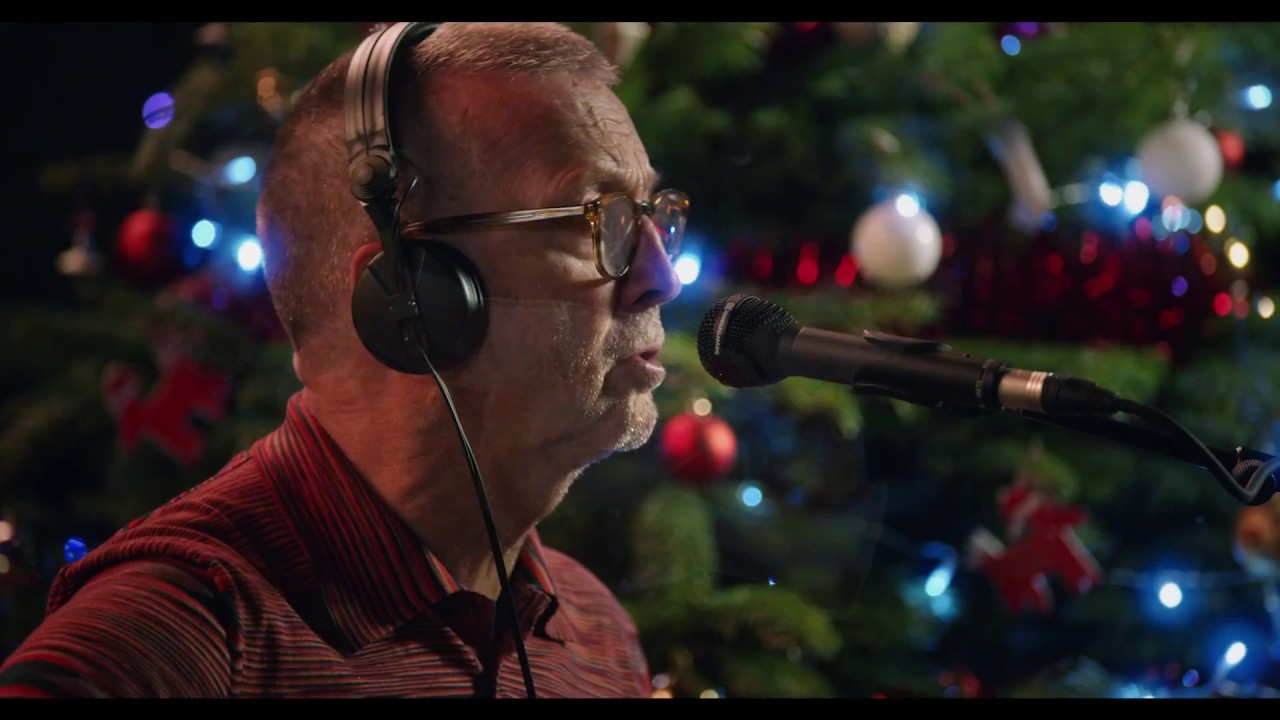 Eric Clapton White Christmas.Eric Clapton White Christmas Performance Video