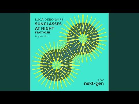 Luca Debonaire - Sunglasses at Night mp3 letöltés