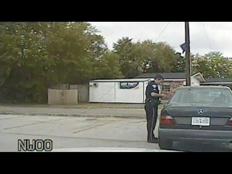 Смотреть США: новое видео с места убийства с участием полицейского онлайн