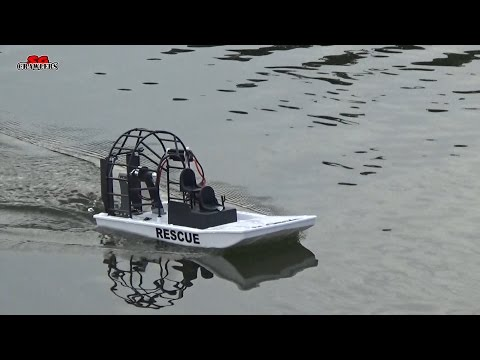 HobbyKing Swamp Dawg Air Boat RC airboat running 2S at Sengkang Riverside Park