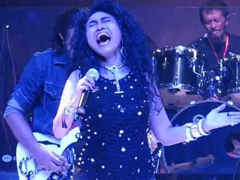 Biarawati Sylvia Saartje With Classic Rock ATribute 2016.