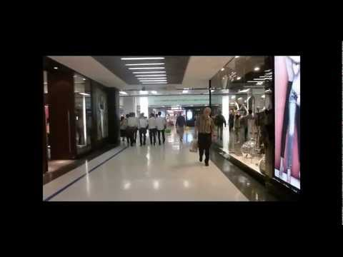 A Walk in the Big Malls of Bangkok : MBK, Siam Center, Central World, Fashion, Pantip
