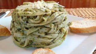How To Make Pesto Fettuccine-Linguine-Italian Food Basil Recipes