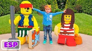 Área de juegos al aire libre para niños Parque de diversiones Tiempo de juego divertido con Vlad y N