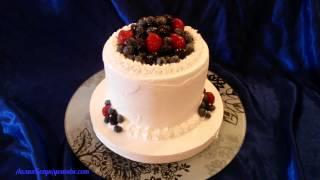 Торт Творожно - Фруктовый Украшенный Ягодами.