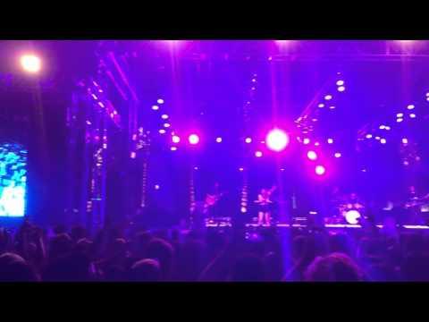 Alessia Cara - Here live at Coachella