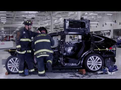 Tesla Model X First Responders Training Advanced Extrication | firefighting