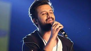 Dil Diyan Gallan Song | Atif Aslam  Live At Iqra University Karachi 2017