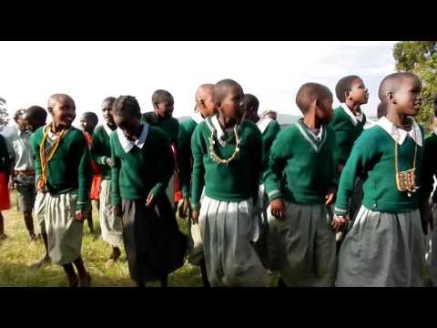 """""""Call and response"""" in the Maasai Mara, Kenya"""