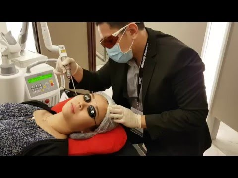 GetDoc Founder Chris Getting Skin Whitening Laser from. Dr Chen Tai Ho, KL