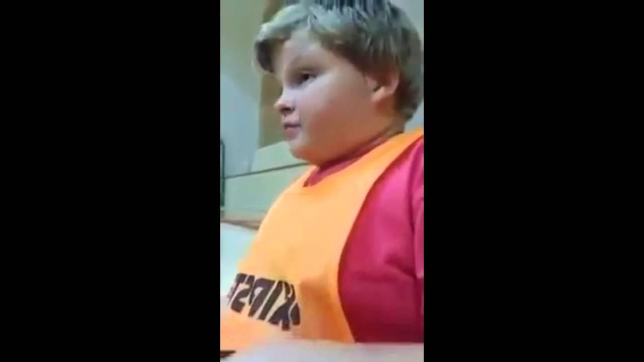 a gyermek megetette a férget