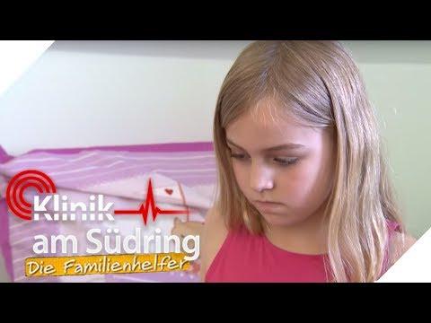 Josepha (9) rastet aus! Was ist mit ihr los?   Klinik am Südring - Die Familienhelfer   SAT.1 TV