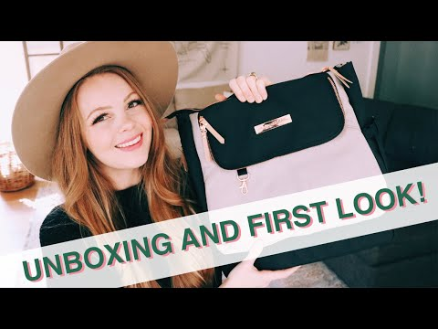 FIRST LOOK | Pivot Pack By Petunia Pickle Bottom Unboxing