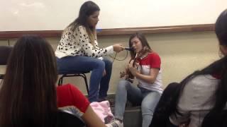 Lais Meireles singing Você é linda (cover)