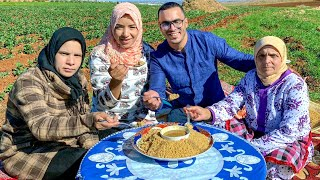 حادة و ڭادة 😂 جربنا أكلة أمازيغية لذيذة ( بركوكش بأملو )