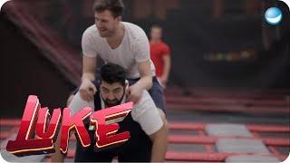 Fit für Olympia - Trainingseinheit mit Fabian Hambüchen - LUKE! Die Woche und ich Video
