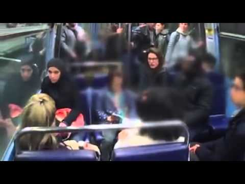 French Reaction to A Racism behavior in Metro Against Muslim Hijab (LANG: French)