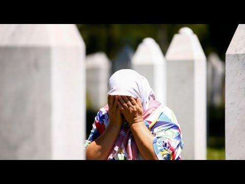 بعد ربع قرن على مجزرة سربرينيتشا..لا يزال الناجون يدفنون بقايا ضحاياهم  - نشر قبل 1 ساعة