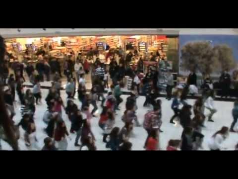 [OFFICIAL] FLASH MOB - Michael Jackson - Beat it - SKOPJE - creACTive