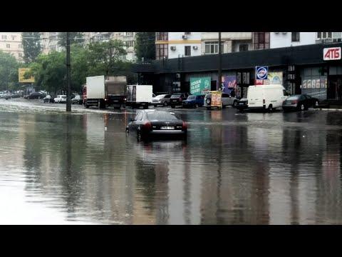 Потоп в Одессе на Балковской
