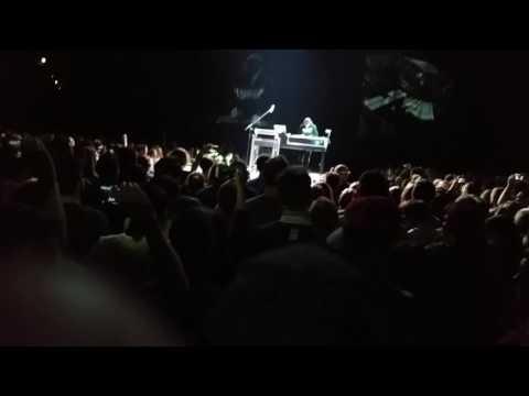 Die Fantastischen Vier Live - Vier und Jetzt Tour 2017 München - Intro & Jetzt passt auf