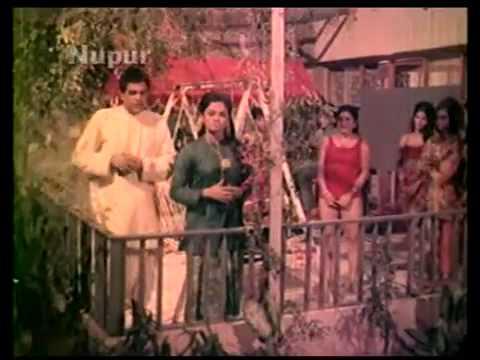 Rama Ho Rama Humne Gaon Ke Panghat Pe by Mukesh in Ek Bechara (1972)