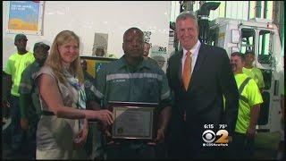 Mayor Honors Sanitation Worker