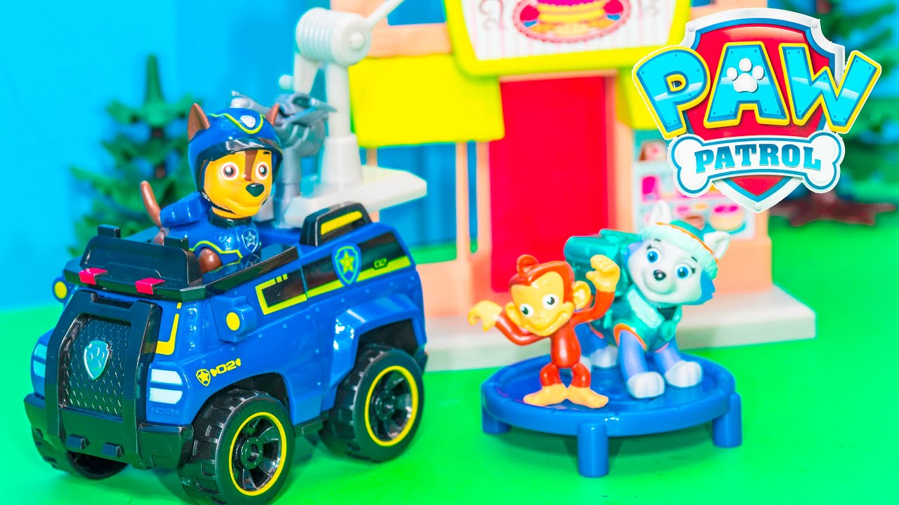 Unboxing the Paw Patrol Chase Adventure Bay Play Set - YouTube