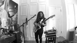 TASH SULTANA - NOTION (LIVE BEDROOM RECORDING)