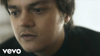 Смотреть клип Jamie Cullum - Love For $Ale Ft. Roots Manuva