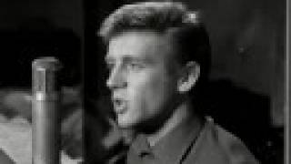 Lonely City - John Leyton (1962)