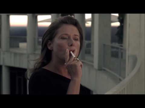Sidse Babett Knudsen Smoking