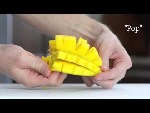 knife-skills:-how-to-cut-a-mango-like-a-boss