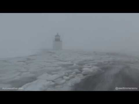Record-breaking storm / tidal surge at Salem, MA lighthouse during Blizzard of 2018
