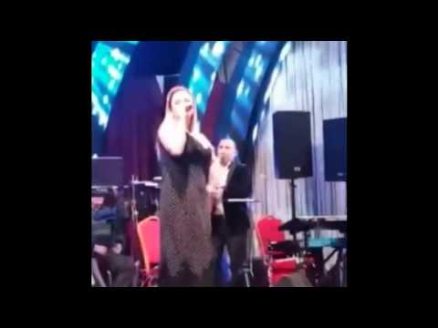 Анна Семенович без фотошопа