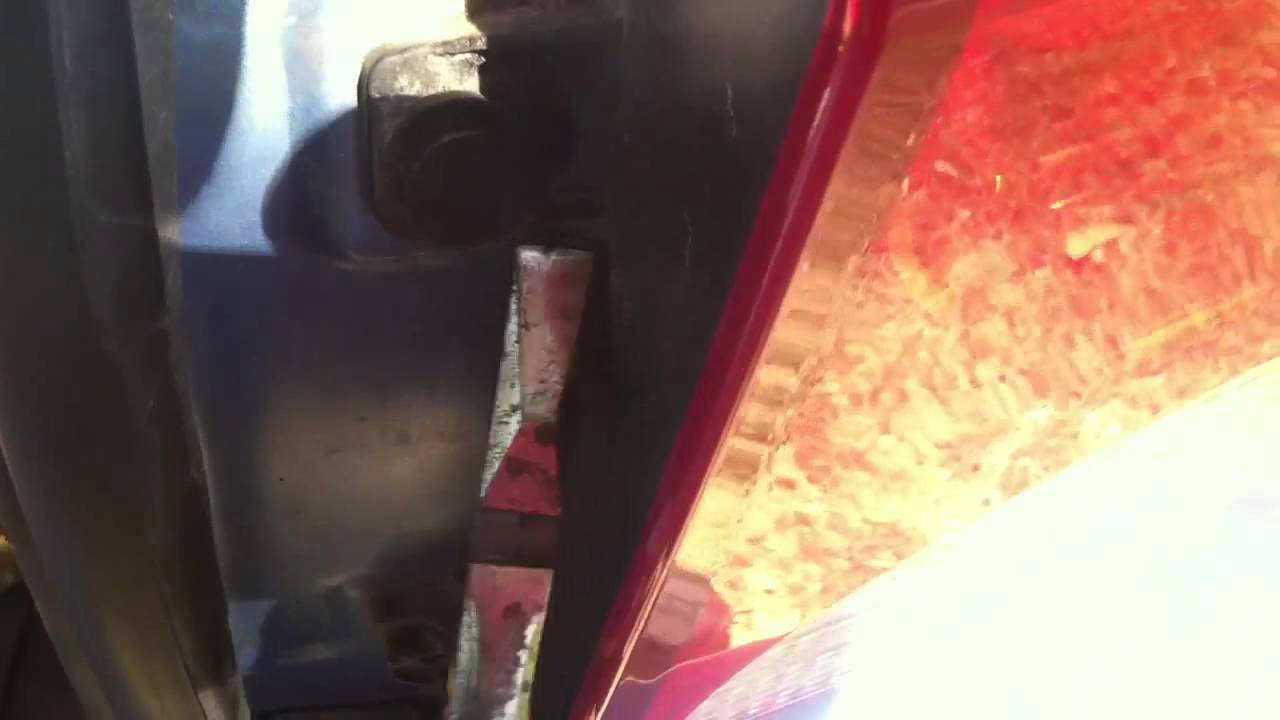 How To Change Rear Lights On Dodge Caliber Youtube 07 Fuse Box Tail Lamp