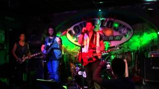 "CRUDE ROCK  ""Sin City"" ACDC cover (Live @ Louie Louie R´n´R Bar, Estepona, Málaga)"