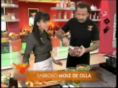 1 2 Angelique Boyer en Al Sabor del Chef