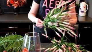 Создаю весенний букет из искусственных цветов(Весенний букетик из искусственных цветов своими руками., 2015-03-23T23:55:04.000Z)