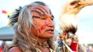Nativos americanos en PIE DE GUERRA