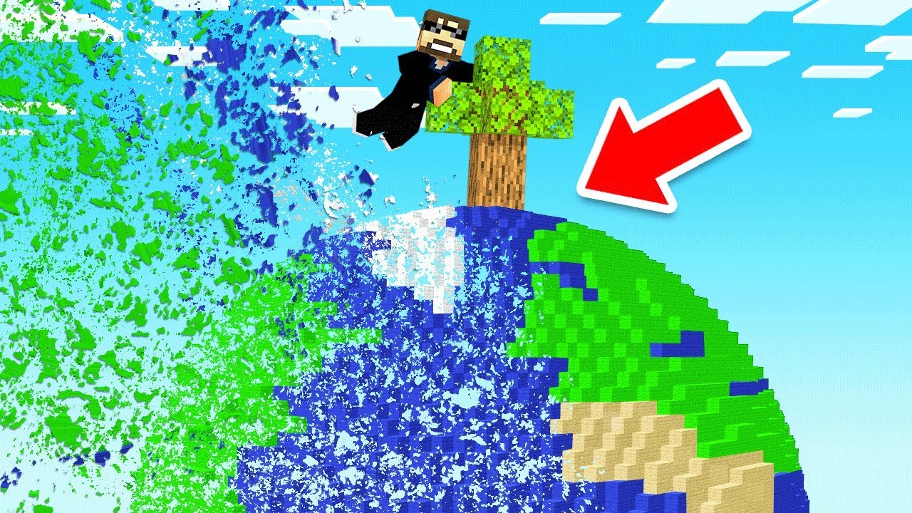Minecraft BUT EVERYTHING is DISAPPEARING thumbnail