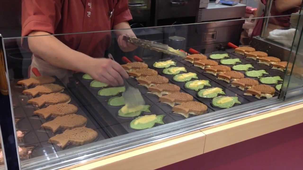 Japanese culture japan food taiyaki fish shaped pancake for Japanese koi food