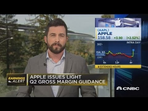 Apple issues conservative quarterly revenue guidance in wake of trade war