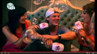 "Avicii playing ""Burns - Lies (Otto Knows Remix)"" at TOMORROWLAND 2012"