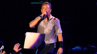 Watch Bruce Springsteen Marys Place video