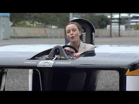 Solar cars accelerate in Queensland