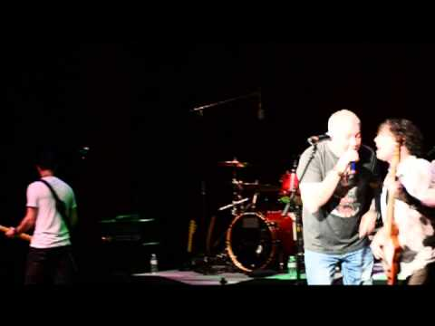 "Smash Mouth Live ""I'm A Believer"" 11/23/13"